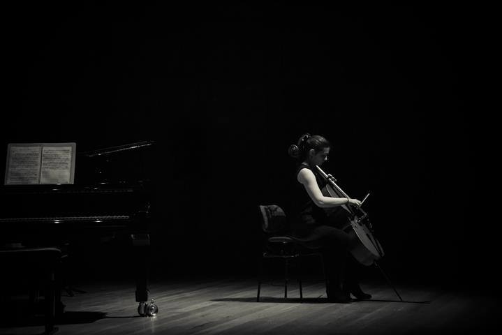 BWV 1008, Sarabande